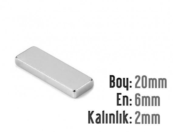 Boy: 20mm - En:6mm - Kalınlık: 3mm Neodyum Mıknatıs