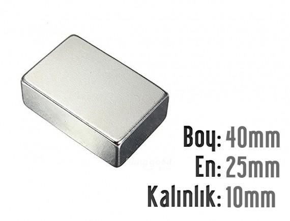 Boy: 40mm - En: 25mm - Kalınlık: 10mm Neodyum Mıknatıs
